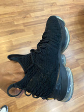 Load image into Gallery viewer, Metallic Gold Lebron 15 Size 9.5