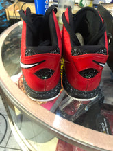 Load image into Gallery viewer, Christmas Lebron 8s size 11.5