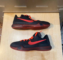 Load image into Gallery viewer, Kobe 10 Bright Crimson Size 6.5Y