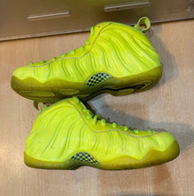 Load image into Gallery viewer, Volt Foams Size 8.5