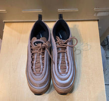 Load image into Gallery viewer, Bronze 97s Size 9.5