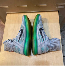 Load image into Gallery viewer, Kobe 10 Elite Elevate Size 9.5