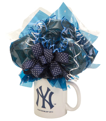 Yankees Mug Cookie Bouquet - 6 Cookies