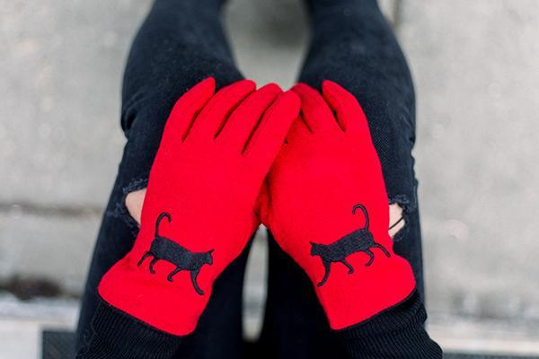 Cat Gloves | Red with Black Cat Gloves