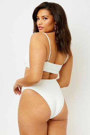 Carter One Piece - White - Extended