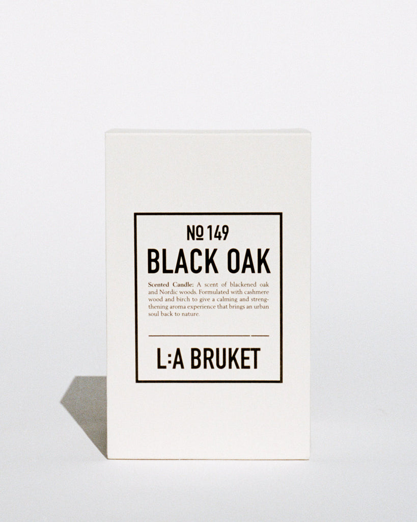Scented Candle Black Oak 260g