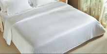 Load image into Gallery viewer, CLASSIC | Solid White Duvet Cover 500TC