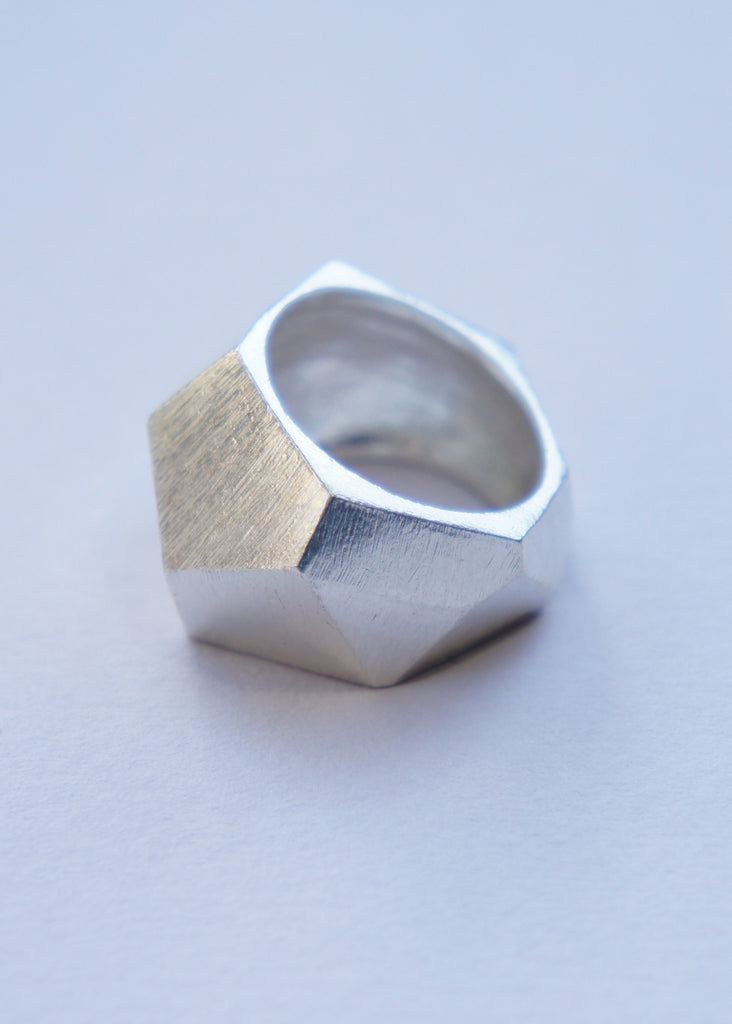roost Angle ring