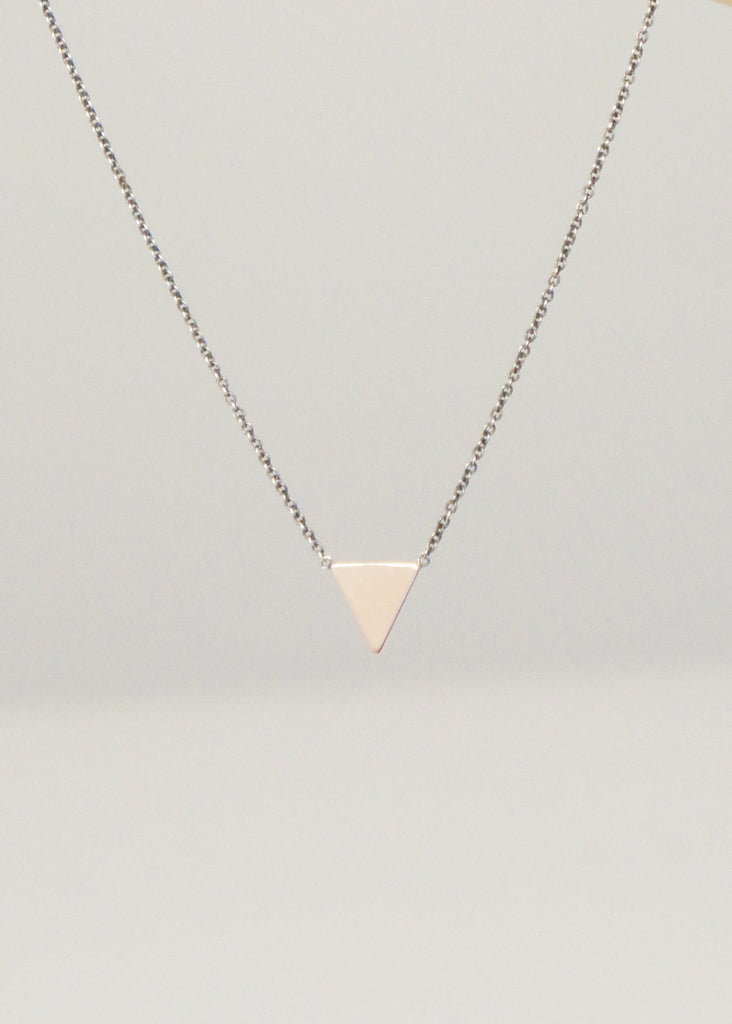 Zoe Chicco 14k gold triangle necklace