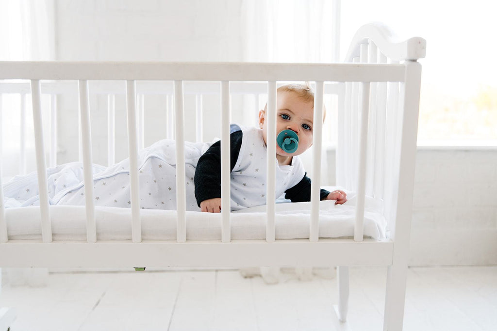 The Positive and Negative with Baby Sleep Associations | Dreamland Baby