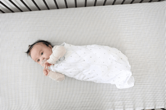 weighted baby blankets help your baby sleep