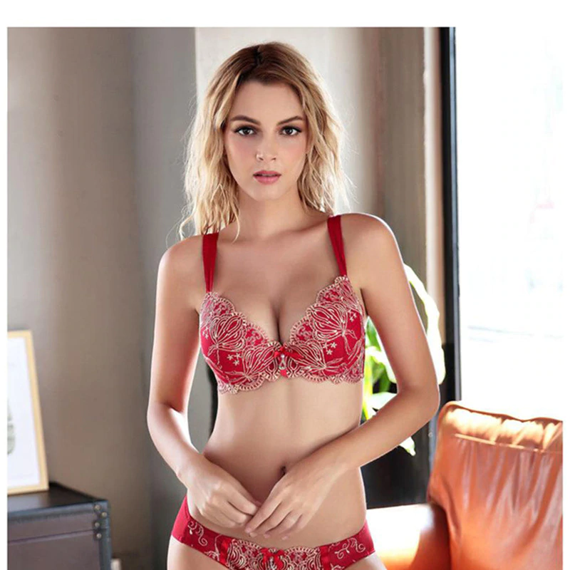 Luxury Gold Embroidery Cotton Thick Lace Push Up Bra Set