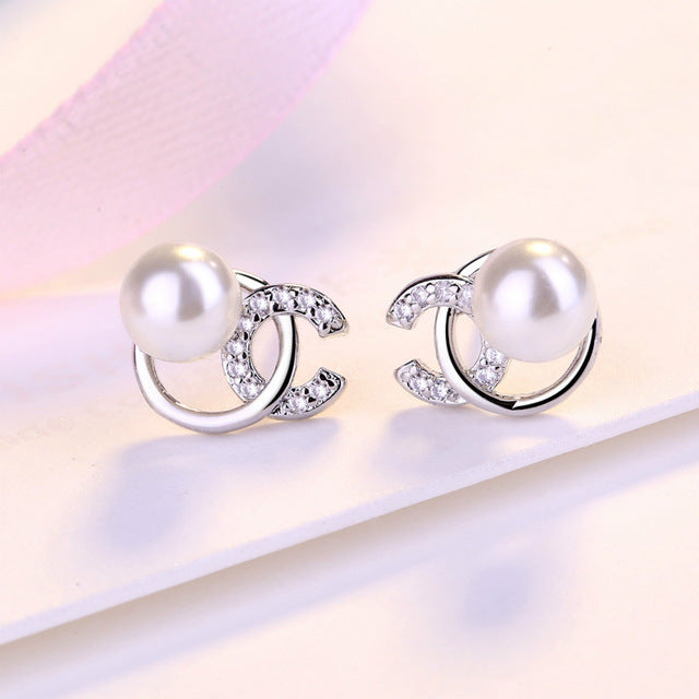 Letter Pattern Pearl  Screw Back Earrings