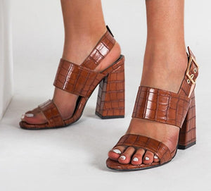 Crocodile Pattern PU Leather Round Toe Ankle Metal T-Strap High Heel Sandal