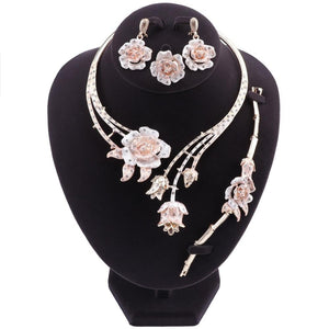 Elegant Wedding Flower Shape Necklace Earrings Bracelet Ring Jewelry Set