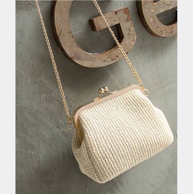 Vintage Shell Shaped Handmade Straw Clutch Bag