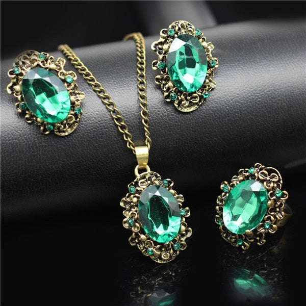 Round Colored Crystal Antique Pendant Jewelry Set