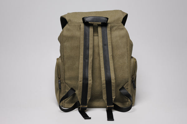 """Zermatt"" Canvas Hiking Backpack / Olive"