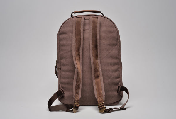 """Berlin"" Canvas Backpack / Brown"