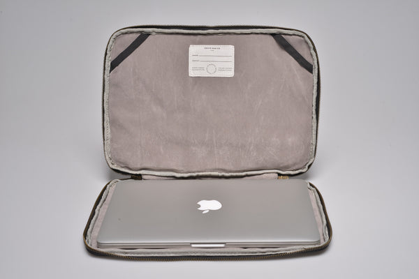 """Seoul"" Canvas Macbook Sleeve 15"" / Petrol"