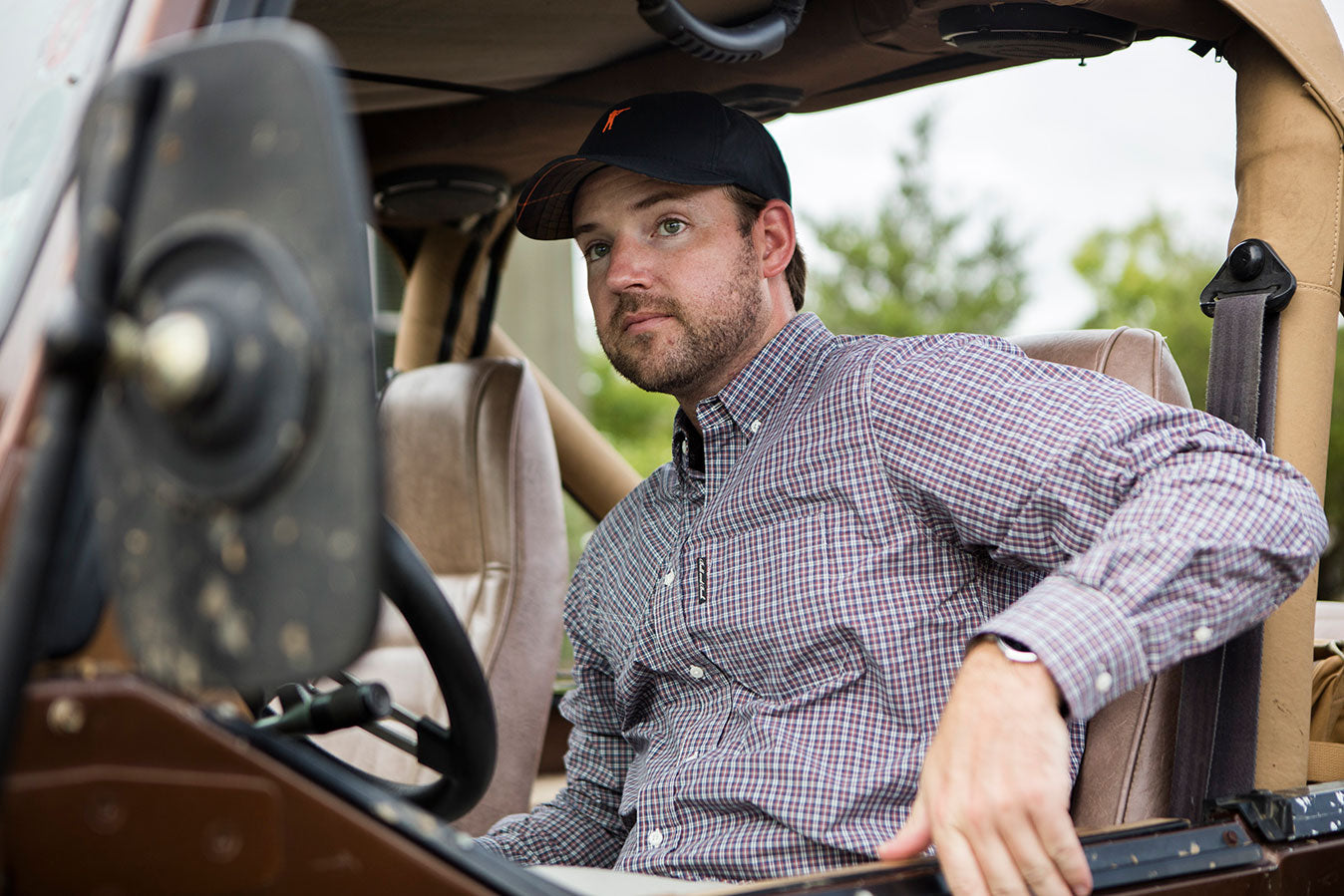The Hunters Shirt, Bennett with Pocket | Premium Waxed Cotton Hat, Navy, Signature Plaid