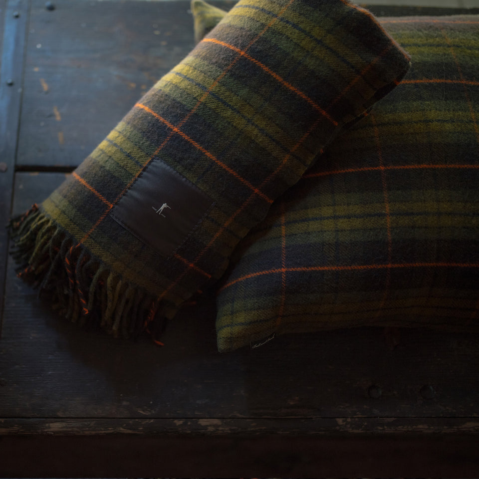 Merino Wool Throw Blanket - Signature Plaid