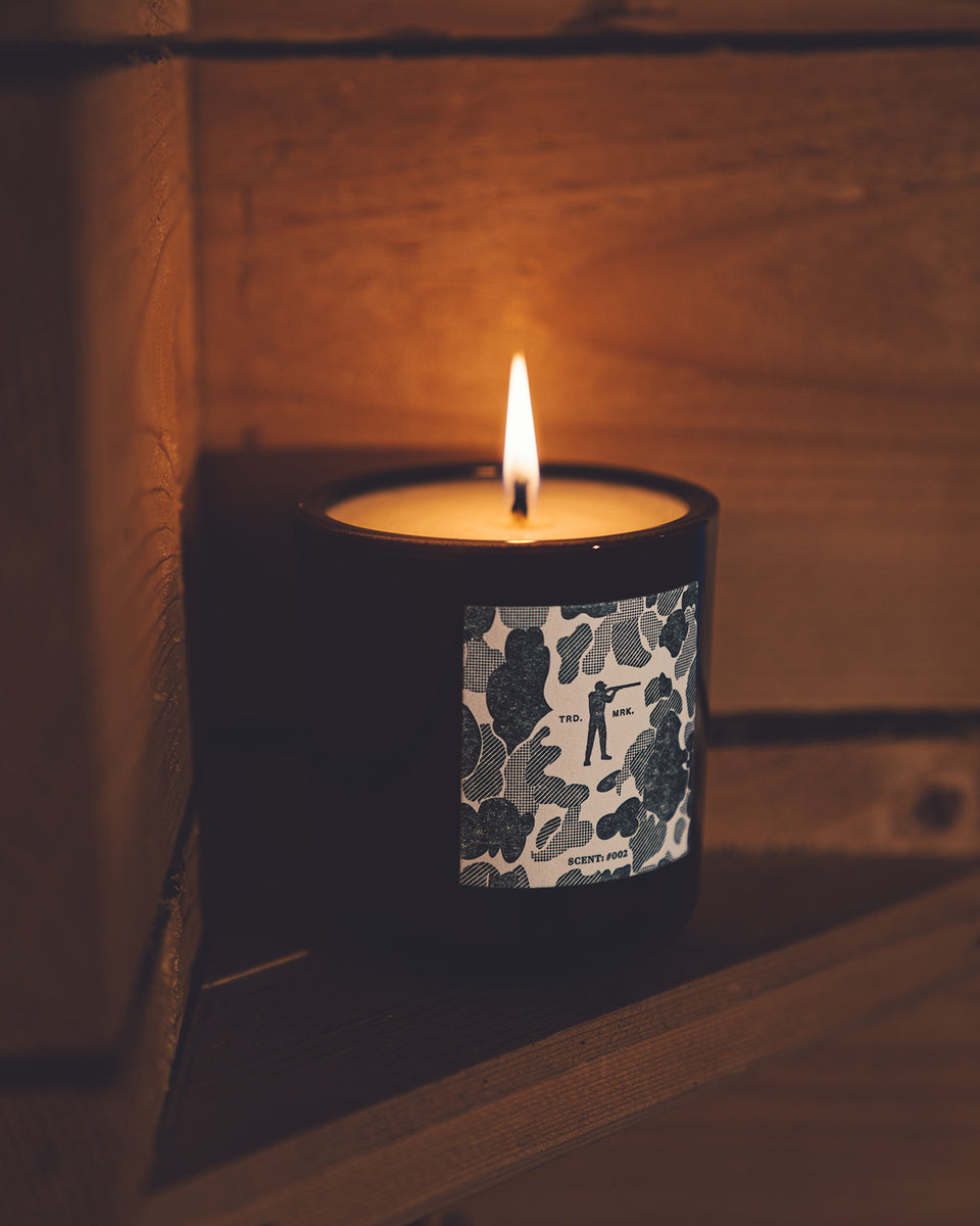 Roger Candle #002 - Tobacco & Bay Leaf - Ball and Buck