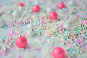 Frozen Kisses Sprinkle Blend