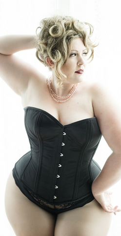 Valentine plus size corsets from Dark Garden Corsetry