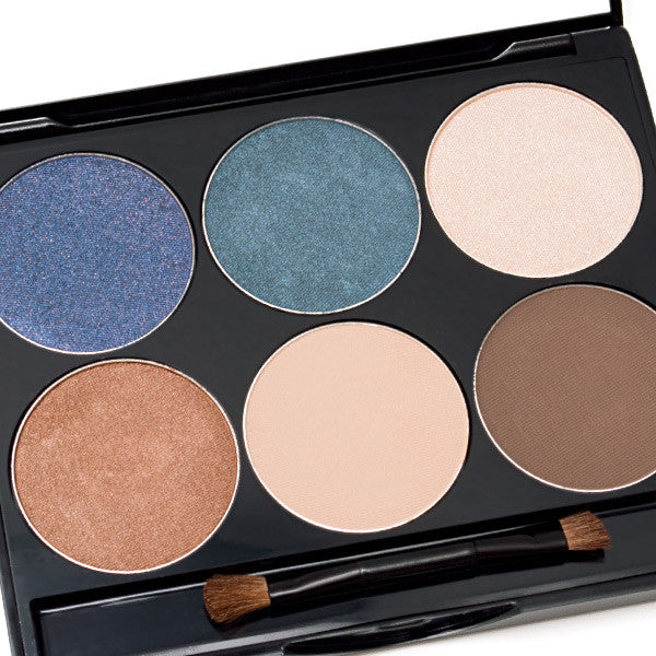 BOND GIRL EYE SHADOW KIT