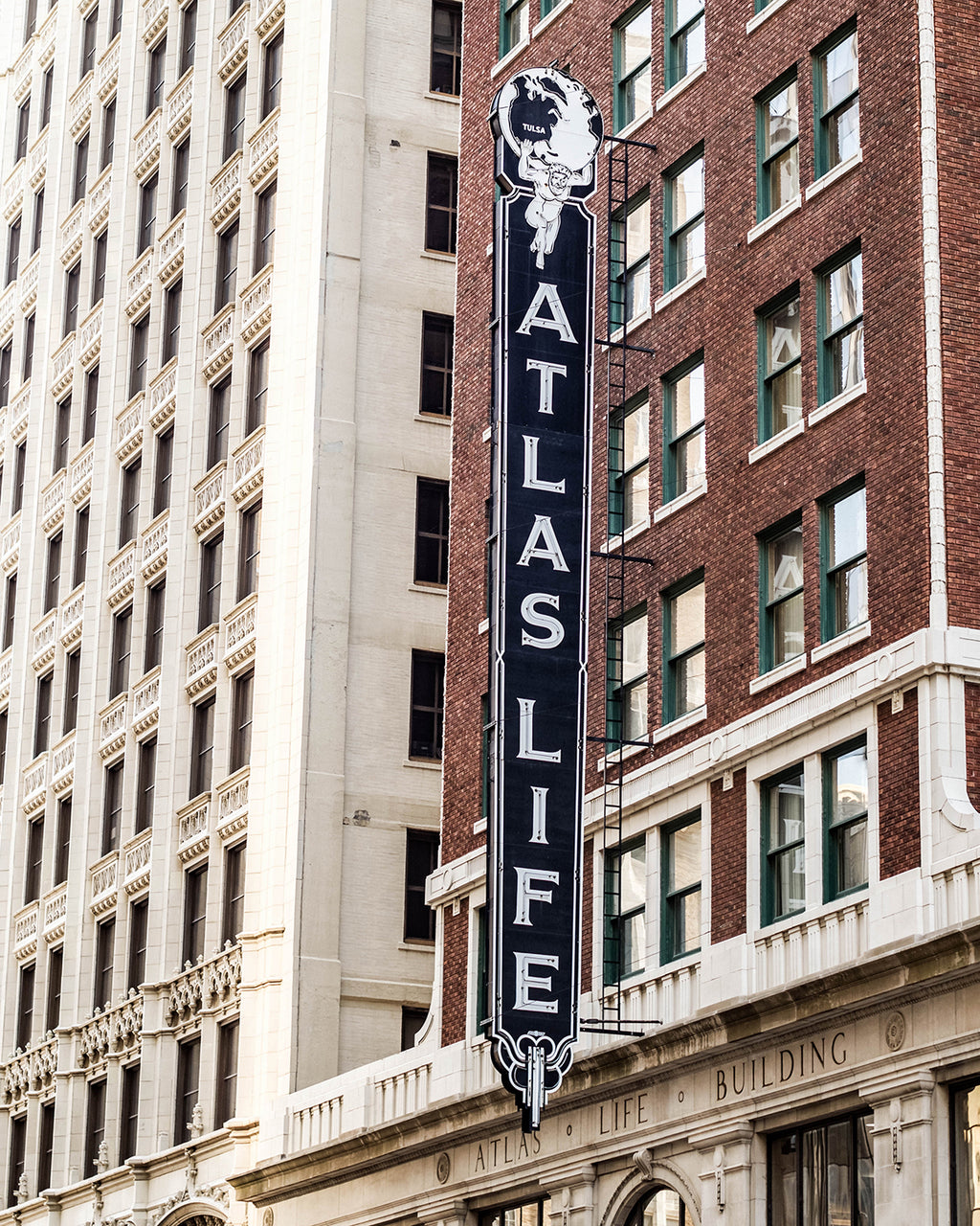 Tulsa Atlas Life Building Sign