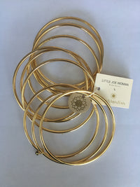 COMPLEMENTARY SET OF 10 GOLD VERMEIL BANGLES