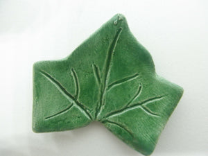 Miniature ceramic coffee table leaf - green C