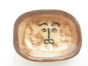 Miniature Picasso inspired ceramic plate -  beige face