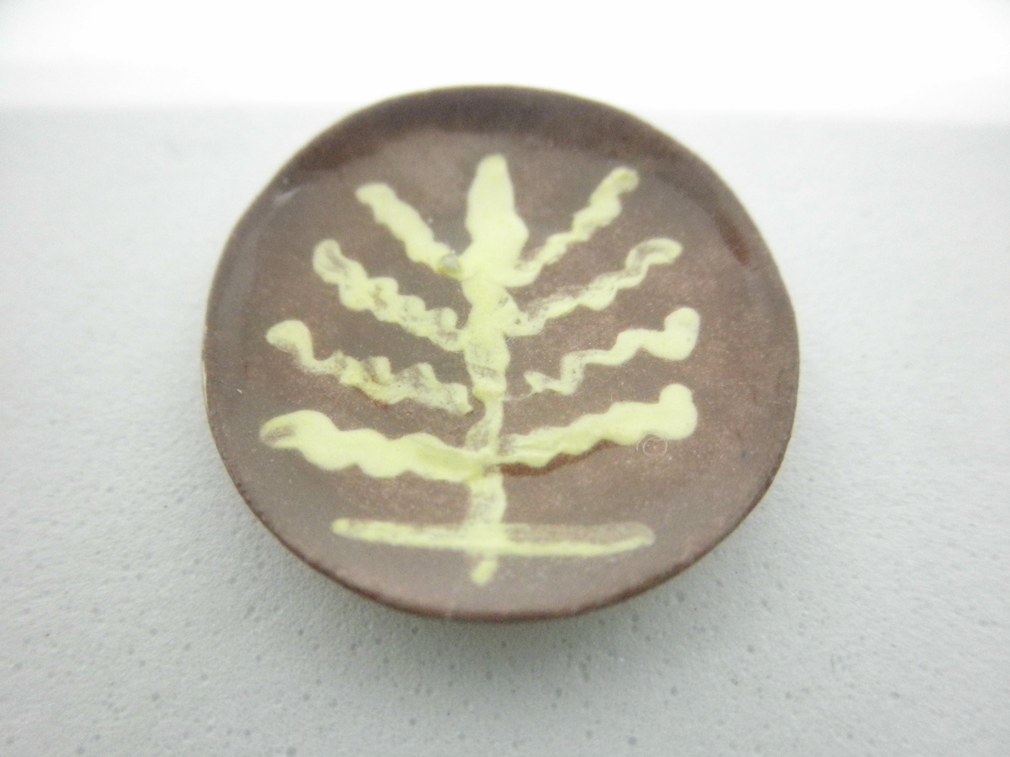 Miniature Pennsylvania slipware plate - tree