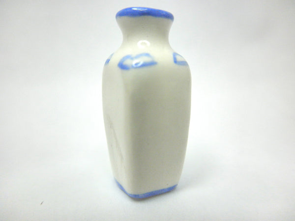 Dollhouse Miniature Oriental blue and white vase -