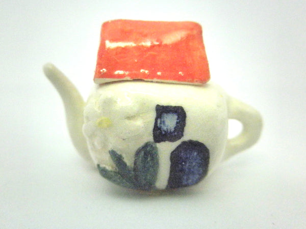 Dollhouse miniature ceramic teapot cottage with red roof