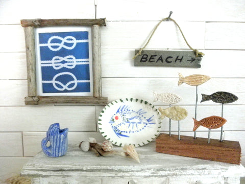 Miniature nautical wall decor knots