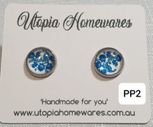 Load image into Gallery viewer, Cabochon Earrings - Porcelain theme