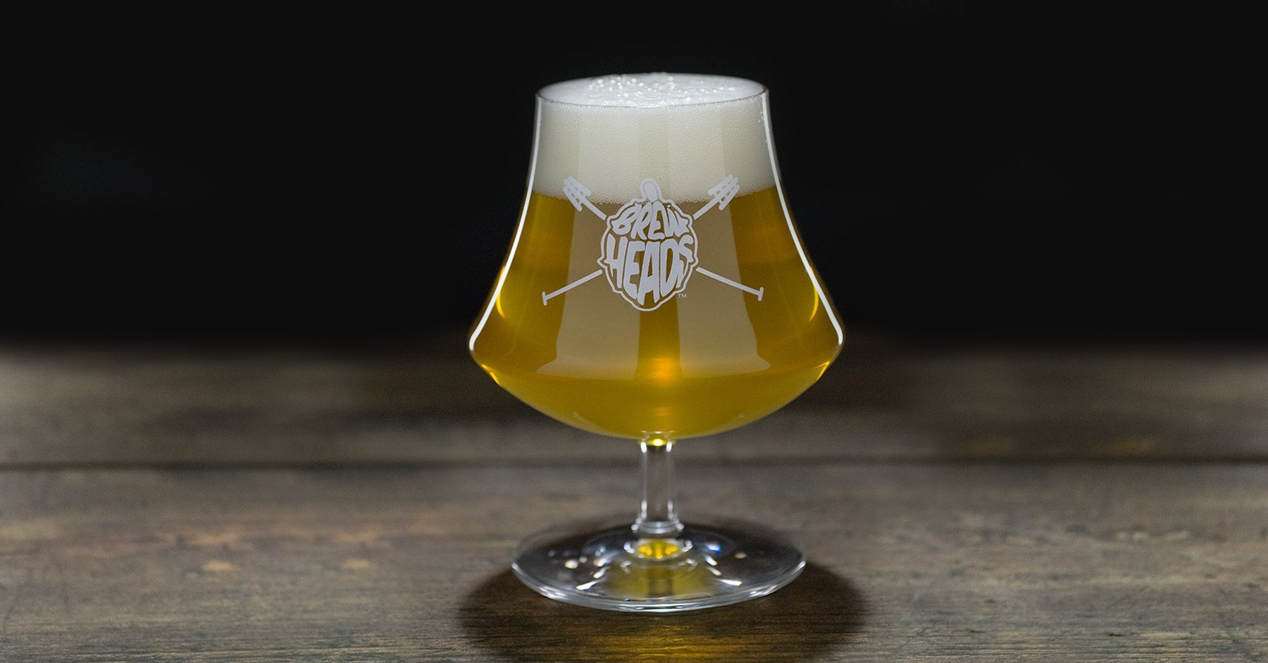 BrewHeads snifter. Perfect craftbeer glassware for beer fans and better then the Teku