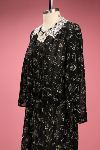 Antique Late 1910's - Early 1920's Black and White Abstract Print Cotton Dress