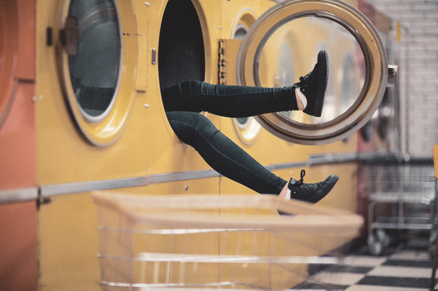 3 Easy Ways To Wash Your Clothes While Traveling