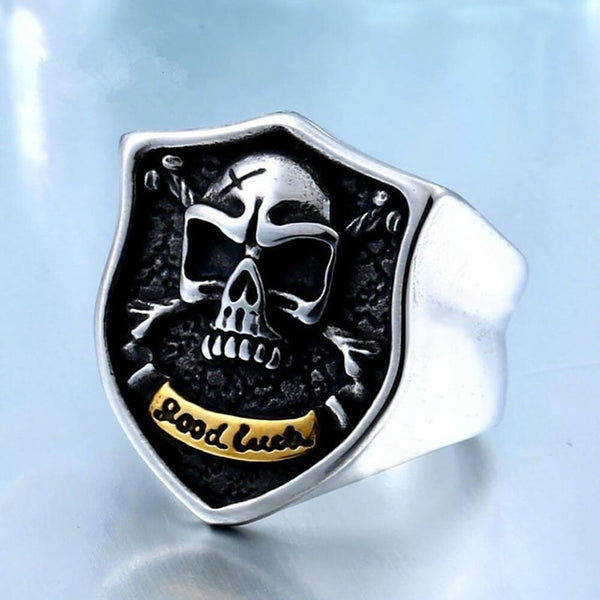 Mens stainless steel shield skull signet biker ring - biker-rings.co.uk