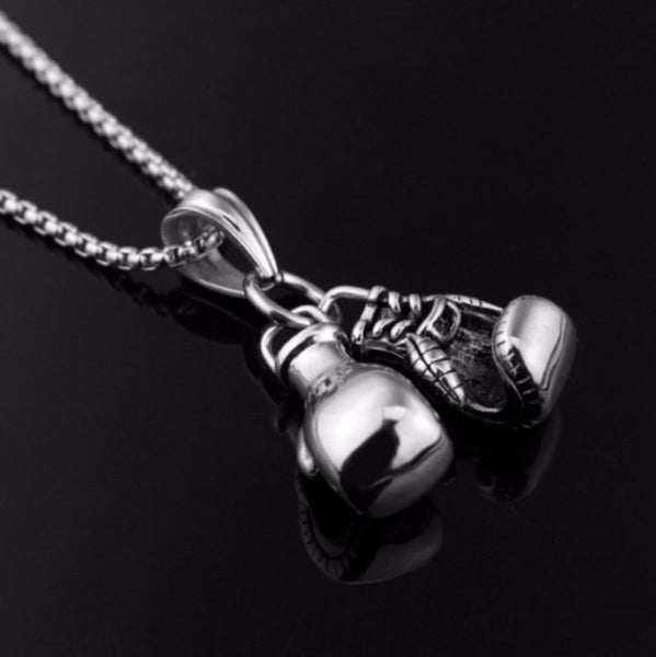 "Stainless Steel 22"" Belcher Chain Silver Boxing Glove Pendant Necklace - biker-rings.co.uk"