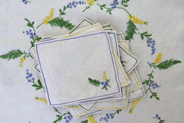 exquisite table topper & napkins set/10