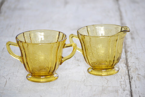 yellow depression glass creamer & sugar