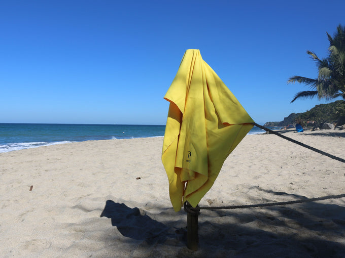 Waves Micro Towel - Neon Yellow