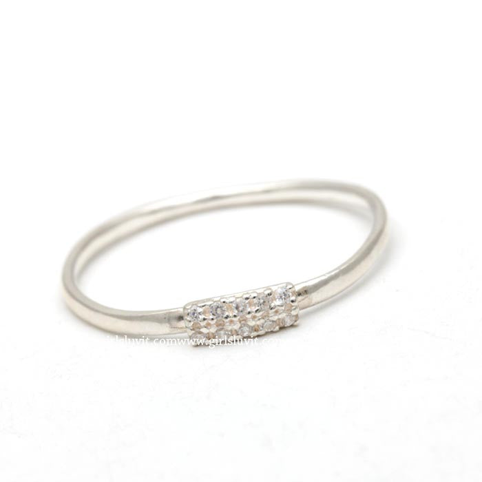 sterling silver, simple band with squared shaped - girlsluv.it  - 1