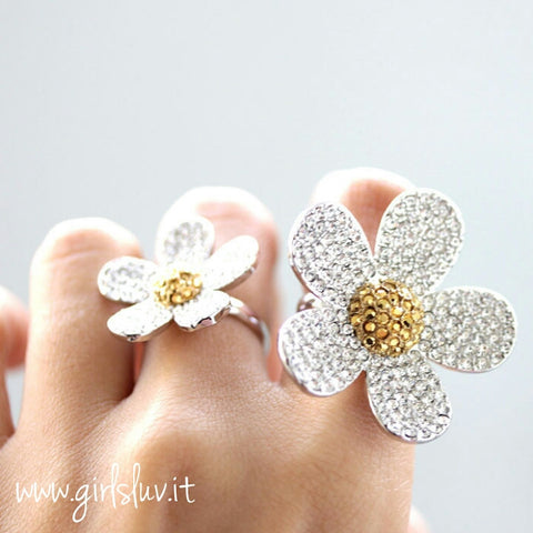 flower ring, crystals - girlsluv.it  - 1