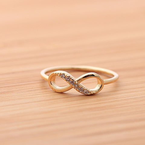 INFINITY ring with crystals,in gold (plated, 925 sterling) - girlsluv.it